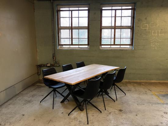 Billede af Claes spisebordssæt med 6 stk Ventus Down stole