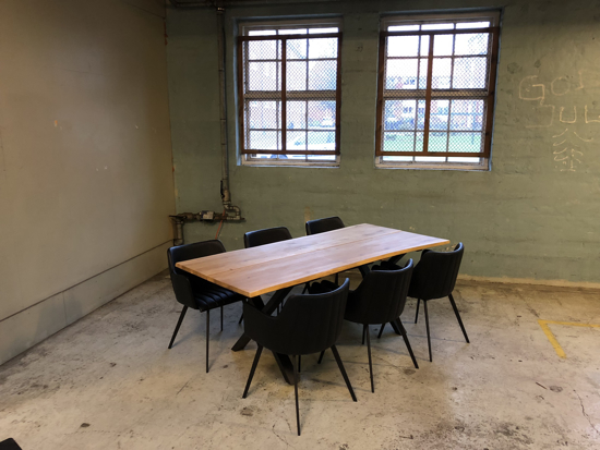 Billede af Claes spisebordssæt med 6 stk Ventus Griffin stole i sort PU læder