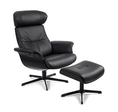 Billede af Time Out lænestol og fodskammel med sortbejdset egeskal